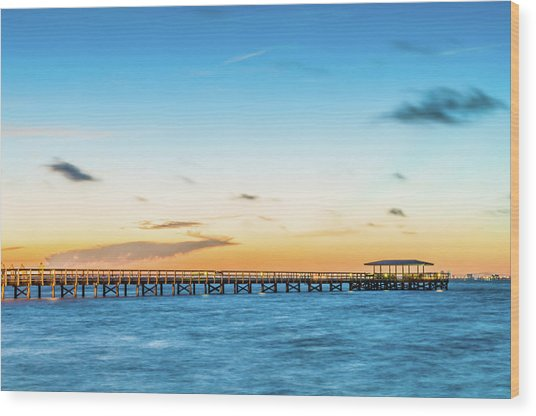 Sunrise At Safety Harbor Pier Wood Print