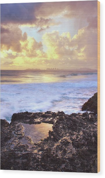 Sunrise Over Coolangatta Wood Print by Nancy Branston