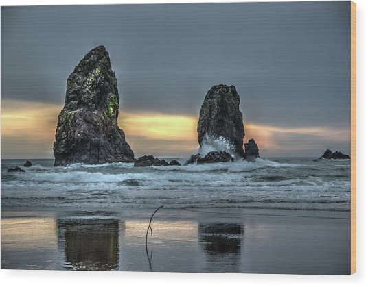 Sunset At The Canon Beach Wood Print