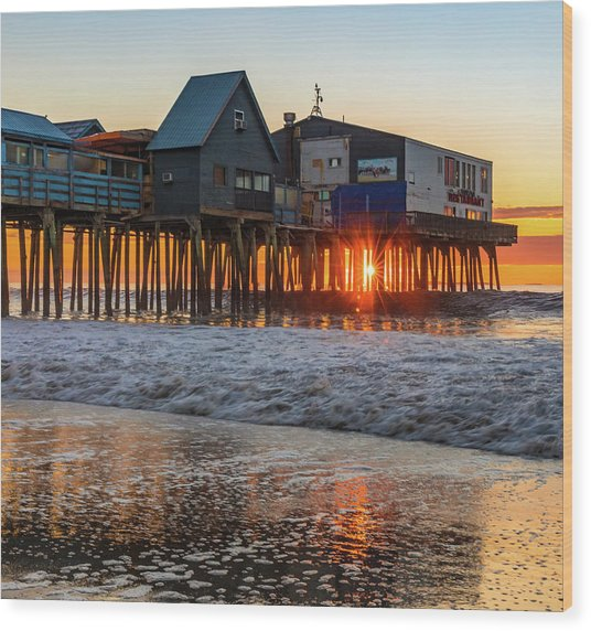 Sunstar At Pier Patio Old Orchard Beach Wood Print