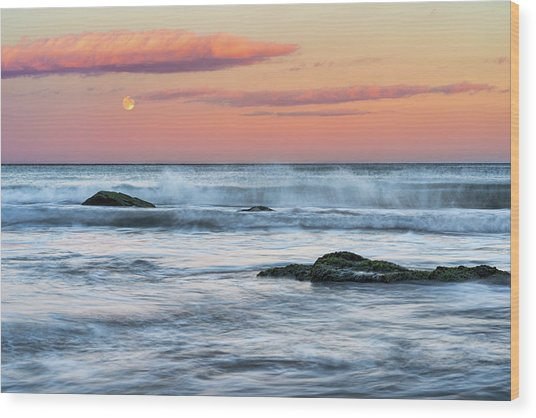 Super Moon And Sunset At Sozopol Town Beach Wood Print