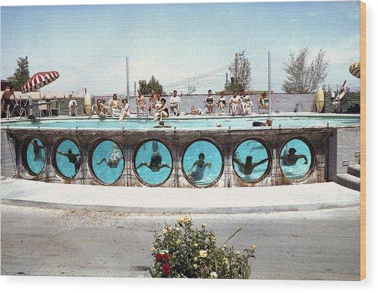 Swimming In Las Vegas Wood Print