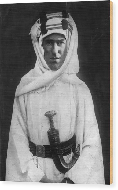 T E Lawrence Wood Print by Hulton Archive