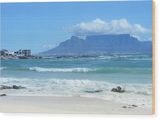 Table Mountain Cape Town Wood Print by John Snelling
