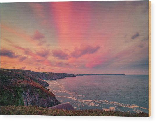 The Lizard Point Sunset Wood Print