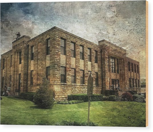 The Old County Courthouse Wood Print