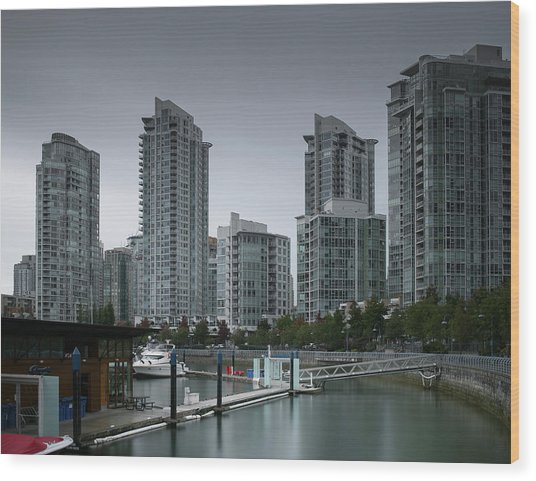 The Quayside Marina - Yaletown Apartments Vancouver Wood Print