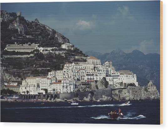 The Town Of Amalfi Wood Print by Slim Aarons