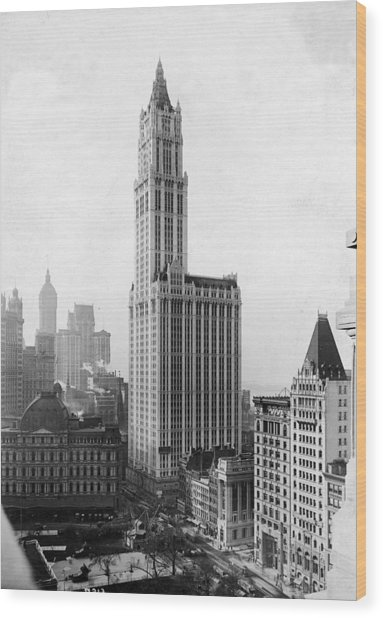 The Woolworth Building On Broadway Wood Print by Fpg