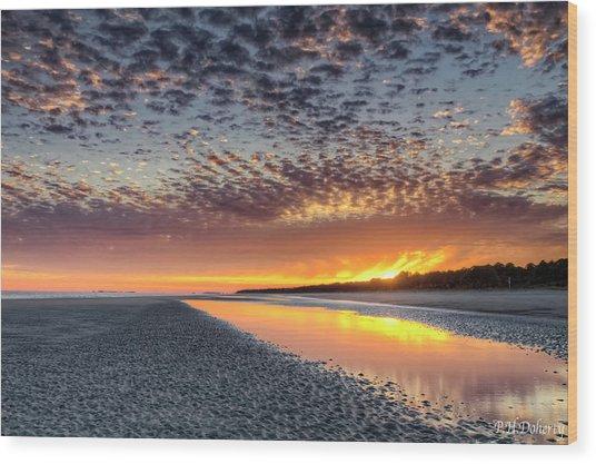 Three Minutes To Sunset Wood Print