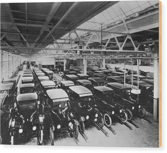 Tin Lizzy Factory Wood Print by Hulton Archive