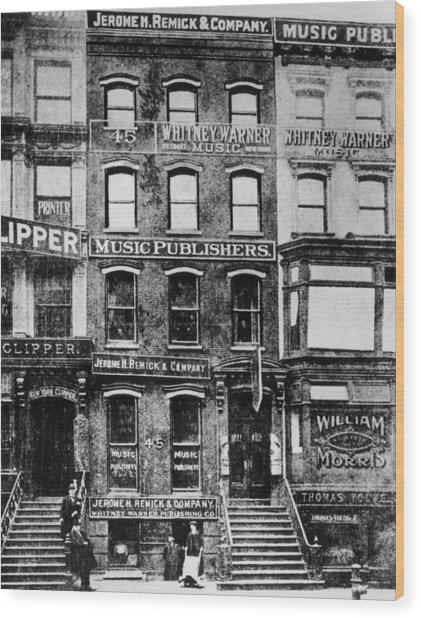 Tin Pan Alley Wood Print by Hulton Archive