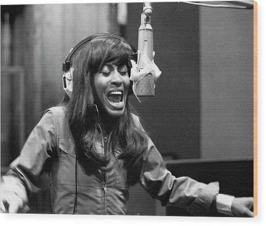 Tina Turner Recording Session Wood Print by Michael Ochs Archives