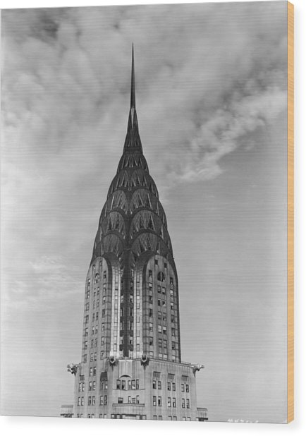 Top Of The Chrysler Building Wood Print by Frederic Lewis