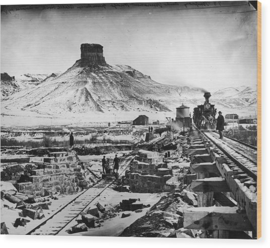 Transcontinental Railroad Wood Print by Fotosearch