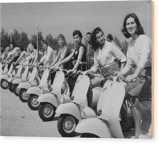 Transport. Scooters. Pic Circa 1955. A Wood Print by Popperfoto
