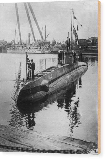 U-boat Wood Print by Hulton Archive