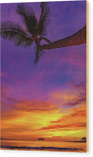 Vibrant Kona Inn Sunset Wood Print