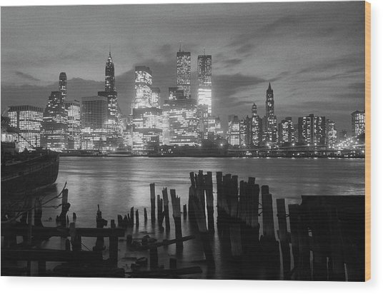 View Of Manhattan Skyline From Brooklyn Wood Print by Bettmann