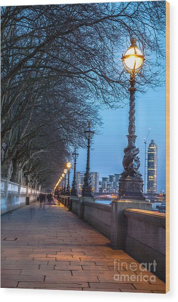 Walk Along The Thames In London Wood Print