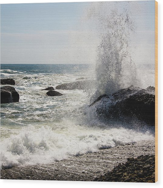 Waves Wood Print by Lona Photography
