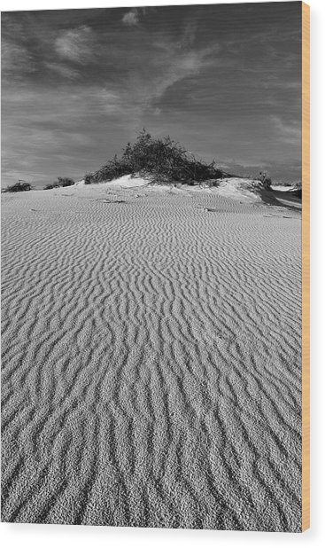 White Sands New Mexico Waves In Black And White Wood Print