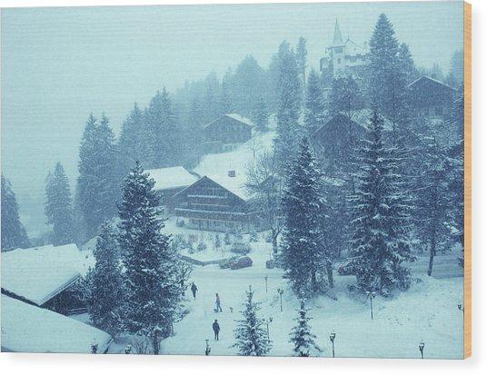 Winter In Gstaad Wood Print by Slim Aarons