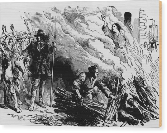 Woman Burned At Stake For Witchcraft Wood Print by Kean Collection