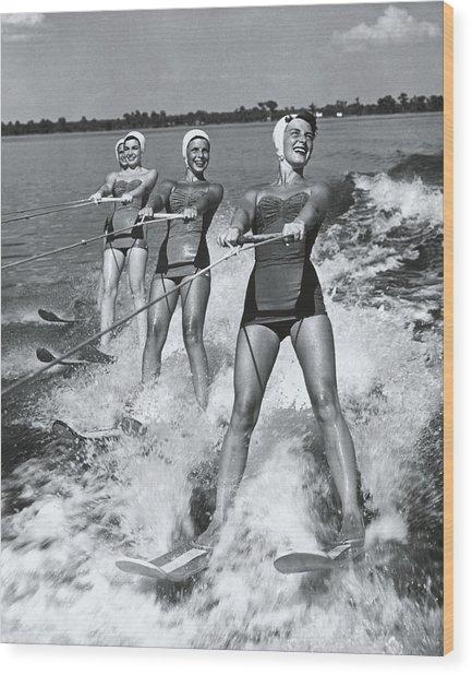 Women Waterskiers In Line B&w Wood Print