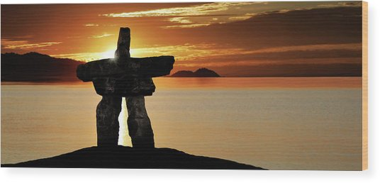Xl Inukshuk At Sunset Wood Print by Sharply done