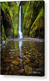 Vertical Acrylic Prints
