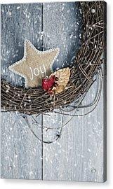 Christmas Wreath Acrylic Print by Amanda Elwell
