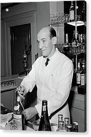 Nyc Charlie's Tavern, C1947 Acrylic Print by Granger