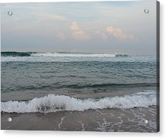 Acrylic Print featuring the photograph Ocean At Buxton Nc 2 by Cathy Lindsey