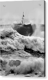 Rough Sea Training Acrylic Print by Dale Stillman