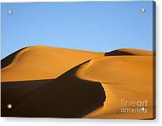 Sand Dunes Of The Sahara Desert Acrylic Print by Robert Preston