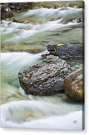 Silk And Stone Johnston Canyon Acrylic Print by Richard Berry