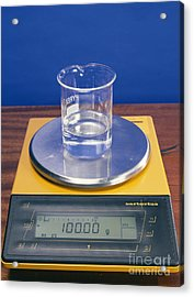 Water In Beaker On Scales Acrylic Print by Andrew Lambert Photography