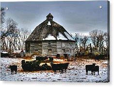 12 Sided Barn Acrylic Print by Larry Trupp
