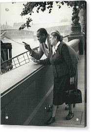Paul Robeson Goes Sightseeing In London Acrylic Print by Retro Images Archive