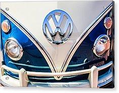 1966 Volkswagen Vw 21-window Deluxe Micro Bus Emblem -0530c Acrylic Print