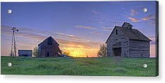 Abandoned Farmhouse And Barn At Sunset Acrylic Print