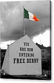 Free Derry Wall Acrylic Print
