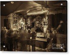 Keri Leigh Singing At Schmitt's Saloon Acrylic Print by Dan Friend