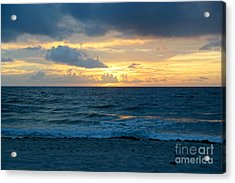 Acrylic Print featuring the photograph Sunrise In Deerfield Beach by Rafael Salazar