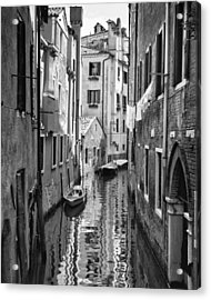 Venetian Alleyway Acrylic Print by William Beuther