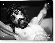 Jesus On The Cross Acrylic Print by Gaspar Avila