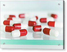 Paracetamol Capsules Acrylic Print by Gustoimages/science Photo Library