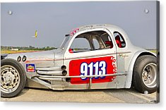9113 Silver On The Line Acrylic Print