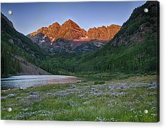 Acrylic Print featuring the photograph A Maroon Morning - Maroon Bells by Photography  By Sai